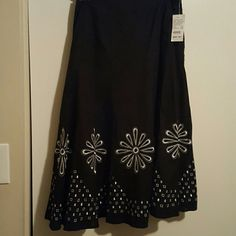 Skirt Blk/White circle  embroidery  with side zip and cotton lining,100% cotton Camille  Le Vie Skirts A-Line or Full