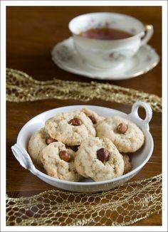 Hazelnut Butter Cookies  200g butter, at room temperature 125g granulated sugar 100g ground hazelnuts 200g all purpose flour whole hazelnuts...