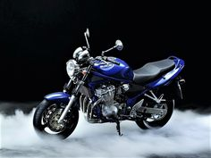 Suzuki GSF 600N Bandit (2000-2005) Moto Bike, Cars And Motorcycles, Racing, Vehicles, Block Prints, Supreme T Shirt, Motorcycles, Running, Auto Racing