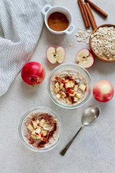 Make these easy apple overnight oats and your breakfast will be a cinch! This healthy and gut-friendly recipe uses yoghurt for a light fermentation of the oats, and cinnamon for incredible flavour. Dog Treat Recipes, Fruit Recipes, Brunch Recipes, Breakfast Recipes, Breakfast Ideas, Vegetarian Comfort Food, Tasty Vegetarian Recipes, Vegetarian Lifestyle, Vegetarian Breakfast