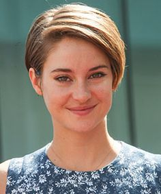Shailene Woodley has my favorite hair cut! Soon I'm going to get my hair styled like hers