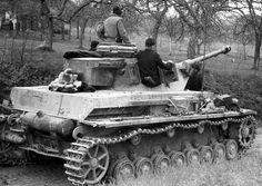 TANKS OF GERMANY - POWER AND STRENGTH. A very stripped down Panzer IV.