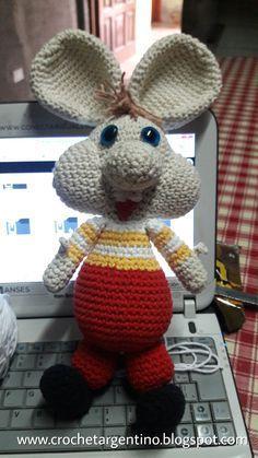 Seguramente a muchos les habrá traído gratos recuerdos de infancia, algunos quizás ni lo conozcan. Este personaje es el adorable Topo...