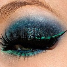 peacock blue with liquid liner