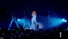 Mariah¿s World kicks off on E! at 9/8c on Sunday, December 4