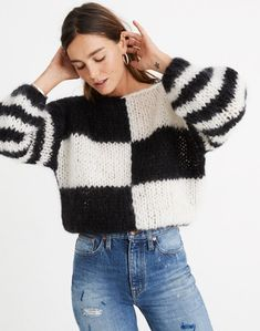 Madewell x Maiami Checker Big Sweater in black creme image 3 Crochet Cardigan, Knit Crochet, Checkered Outfit, Moda Crochet, Jumper Outfit, Hand Knitted Sweaters, Women's Sweaters, Knit Fashion, Fall Fashion