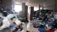 Gudang Baju Sisa Ekspor - Pulo Gebang Permai, TANGAN PERTAMA dari pabrik, SALE ALL TYPE STOK : anak-anak, dewasa, baju renang, lingery, sepatu, sandal crocs, dress, rok, kaos, baju badut, kain, aksesoris dll. TRANSAKSI KHUSUS PARTAI (MIN 1000 PCS) & GROSIR (MIN 100 PCS). Prioritas belanja off line (kunjungan ke outlet) supaya lebih aman dan bebas memilih stok.