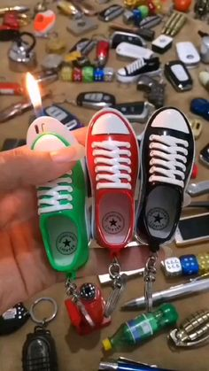 Cool Lighters, Custom Lighters, Instruções Origami, Accessoires Iphone, Cool Technology, Technology Gadgets, Puff And Pass, Cool Gadgets To Buy, Take My Money