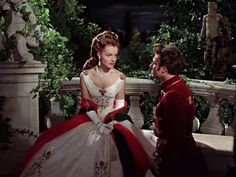 The costumes in the Sissi films are absolute masterpieces! (Romy Schneider as Sissi) Hollywood Stars, Classic Hollywood, Empress Sissi, Maid Cosplay, She's A Lady, Medieval Dress, French Actress, Movie Costumes, Historical Clothing