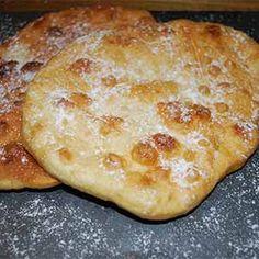 Te enseñamos cómo hacer esta receta tradicional de fritillas manchegas con tu Thermomix para que puedas disfrutarlas cuando quieras Apple Pie Cake, Empanadas Recipe, Spanish Dishes, Seafood Appetizers, Pan Dulce, Bread Machine Recipes, Toddler Snacks, Churros, Recipe Images