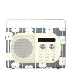 EVOKE Mio Radio by Orla Kiely - i think I like this one even more than the traditional Orla design, Radios, Poste Radio, Orla Kiely, Walnut Veneer, Oui Oui, Office Phone, Kids Playing, Decoration, Home Accessories