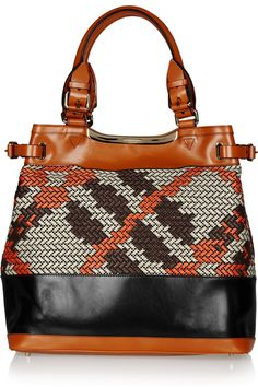 This has an element but fug but I like. #BURBERRY PRORSUM  Raffia and leather tote