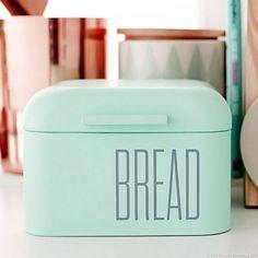 boîte à pain en métal