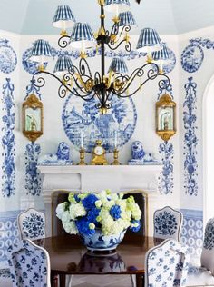 Anthony Baratta photo by Roger Davies for Veranda #blueandwhite