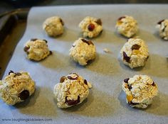 Healthy Baked Bites with Oats, Cranberries, and Apple Sauce   21 Fun And Delicious Recipes You Can Make With Your Kids