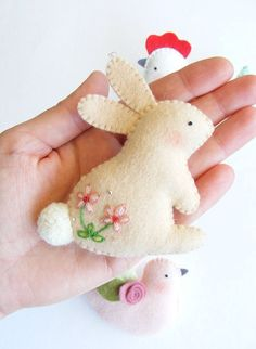 Sewing Animals Patterns Easy PDF pattern - Easter ornaments - Bunny, hen and dove felt ornament, easy sewing pattern, DIY wall hanging decoration, spring embroidery by Lorraine Romkey Easy Sewing Patterns, Embroidery Patterns, Sewing Ideas, Felt Crafts Patterns, Sewing Diy, Flower Embroidery, Embroidery Art, Felt Patterns Free, Felt Flowers Patterns