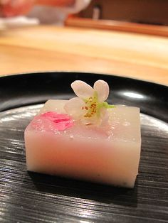 Japanese Sweets, 凹町:桜の水羊羹