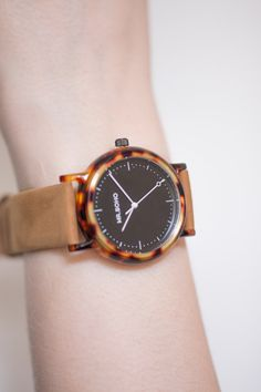 Mr. Boho acetate watch brown strap. • Acetátové hodinky Mr. Boho.  #watches #womenswatches #mrboho #5to12watches #acetate Ace Tate, Watches, Boho, Retro, Leather, Accessories, Black, Wristwatches, Black People