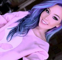 10 Amazing mermaid hair colour ideas – My hair and beauty Hair Color Purple, Cool Hair Color, Hair Colors, Peacock Hair Color, Twisted Hair, Coloured Hair, Dye My Hair, Pixie Bob, Pastel Hair