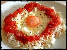 """Arròs a la Cubana which means """"Cuban-style rice"""" is a dish from Spain. Looks simple but so yummy."""