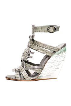 Style.com Accessories Index : spring 2013 : Donna Karan