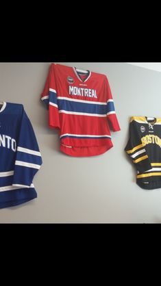 818f72c1d Hockey Jersey Mount from Sport Displays