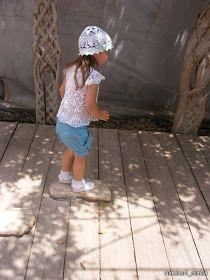 Uncinetto d'oro: La tunica con bottone!!! Bucket Hat, Kids Outfits, Children, Hats, Crochet Clothes, Fashion, Gold, Tricot, Colors