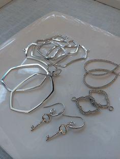 New earrings!!!! So elegant!! www.juliethinnes.origamiowl.com #41752. Coming fall 2014
