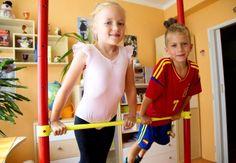 Zbav se jich! | Zabav děti - Inspirace pro rodiče a vedoucí Sports, Fashion, Gymnastics, Hs Sports, Moda, Fashion Styles, Sport, Fashion Illustrations, Fashion Models
