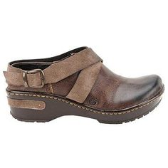 Clogs Shoes, Hot Shoes, Wedge Shoes, Shoes Sandals, Shoe Wedges, Clothes Horse, Beautiful Shoes, Skechers, Clarks
