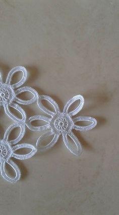 Details about Butterfly Bow Embroidered Lace Trim Ribbon Wedding Applique DIY Sewing Craft Cotton Crochet, Irish Crochet, Crochet Motif, Crochet Doilies, Crochet Stitches, Crochet Patterns, Crochet Ornaments, Crochet Snowflakes, Crochet Leaves