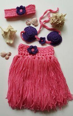 Check out Hula girl outfit - Girls Hula Skirt - Hula skirt - Baby Hula Skirt - Newborn Crochet Outfit - Baby's First Pictures - Hawaiian Hula Girl on bellafarfallaboutiqu