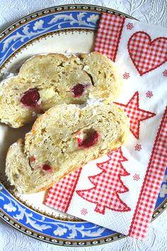 Marzipan-Cranberry-Stollen
