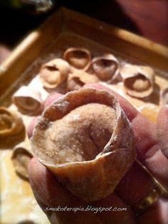 smakoterapia: WIGILIA, uszka z grzybami inaczej (z mąki orkiszowej - razowej), vege, dla alergika.:)