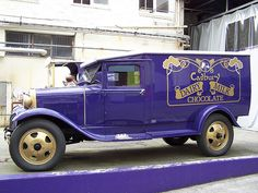 Have a full tour of the Cadbury factory in Dunedin, New Zealand. Last time I went hardly anything was open, so we had a short tour.