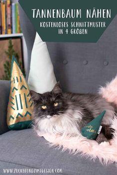 Kostenloses Schnittmuster || Tannenbaum nähen in 4 Größen - als Kissen, Deko oder Hunde - und Katzenspielzeug. Mit Nähanleitung und Video Tutorial#nähen #diy #weihnachten #weihnachtsbaum #katze #hund #hundespielzeug #katzenspielzeug Pillow Tutorial, Diy Weihnachten, Plushies, Diy Ideas, Tutorials, Pillows, Sewing, Toys, Youtube