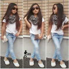 I like this whole outfit.  I love the scarf but not the glasses. <3 Alethia