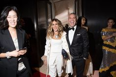 Vogue - Exclusive! Inside the 2016 Met Gala - Sarah Jessica Parker and Andy Cohen
