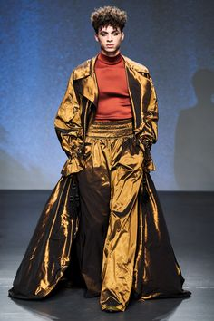 Palomo Spain Fall 2019 Menswear Fashion Show Collection: See the complete Palomo Spain Fall 2019 Menswear collection. Look 27 Mens Fashion 2018, Men Fashion Show, Fashion Show Collection, Fashion Week, Runway Fashion, Men's Fashion, High Fashion, Fashion Design, Fashion Styles