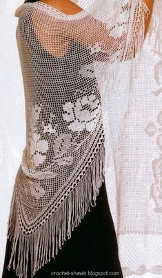 Crochet Shawls: Filet Crochet Shawl Pattern Charted (i like the way this one is made, doesnt need to be filigree or filet or whatever the stitch is called) AB 11/3/13