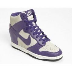 finest selection 138aa 06405 Nike Dunk Sky Hi Wedge Sneaker Womens Light Bone Court Purple Sail Size  5 M in September 2012 from Nordstrom. Des trucs pas cher