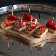 Basque Pintxo Recipe: Piquillo Peppers Stuffed With Bonito