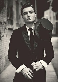 Ed Westwick.... idk y but there is just something hot about him lol so sad gossip girl is over!
