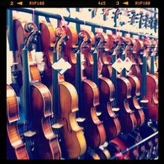 Lots of new violins ready to be tried out.  Where to start?!
