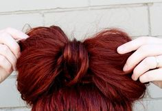 Hair bow!!! I wish I could pull off this hair color!!