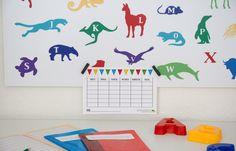 Geschenkidee zum Schulanfang / tolle Tier ABC Magnetwand / IKEA HACK mit der IKEA SPONTAN Magnettafel / magnet board for kids / perfect gift for enrolment / grade one / animal ABC