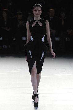 i am a fan!  Paris Fashion Week: Mugler autumn/winter 2012