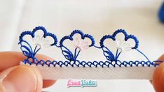 Gorgeous Blue Needle Lace Model Making Annotated Video # Handiwork Crochet Borders, Crochet Flower Patterns, Filet Crochet, Crochet Flowers, Needle Tatting, Tatting Lace, Needle Lace, Crochet Unique, Handmade Tags