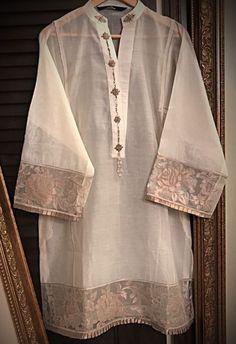 Kurta Designs Women, Kurti Neck Designs, Dress Neck Designs, Kurti Designs Party Wear, Simple Pakistani Dresses, Pakistani Fashion Casual, Pakistani Dress Design, Stylish Dresses For Girls, Casual Dresses