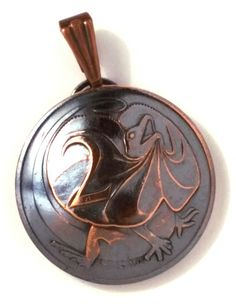 Australia Frilled Dragon Coin Jewelry,Frill Necked Lizard Pendant,Bronze Copper…